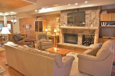 HDTV, Stereo, & Gas Fireplace in the Living Room
