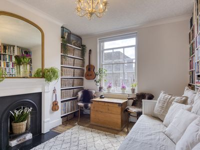Photo for Creative 1Bed Apt, sleeps 4 in Bethnal Green