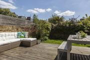London Home 387, Enjoy a Holiday of a Lifetime Renting Your Own Private London Home - Studio Villa, Sleeps 8