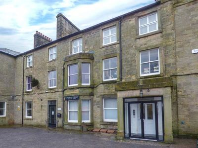 Photo for 12 EAGLE PARADE, family friendly in Buxton, Ref 936516