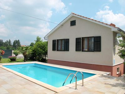 Photo for Vacation home Ivana (PZN319) in Pazin - 6 persons, 2 bedrooms