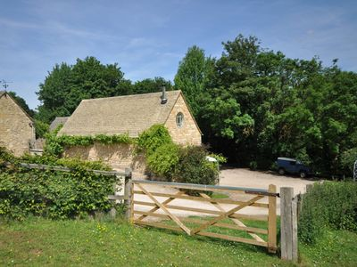 Photo for 1 bedroom Barn in Stow-on-the-Wold - 52145