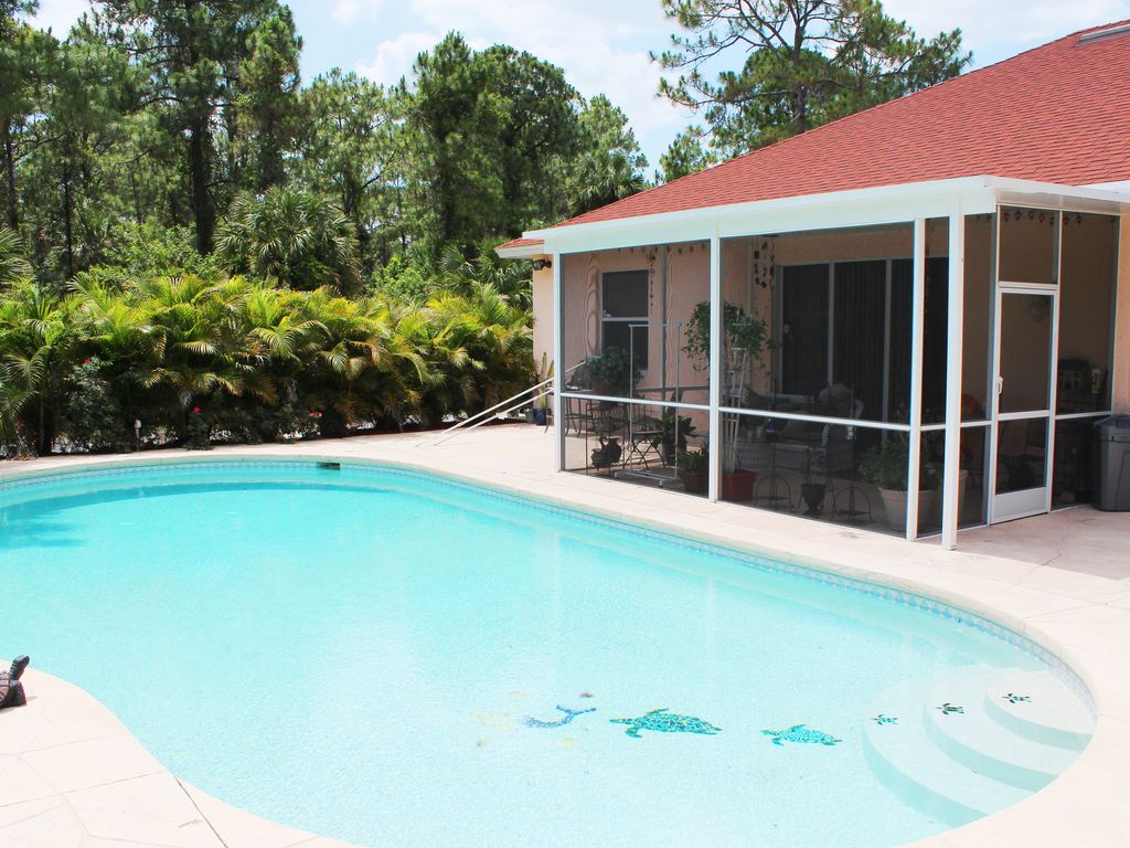 Pool Home Naples SALT WATER POOL 3bedro VRBO
