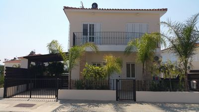 Photo for Lovely Villa with Private Pool in Ideal Family Location