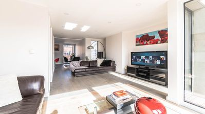 Photo for Spacious Stunning London Penthouse apartment in Tower Hamlets with WiFi & balcony.