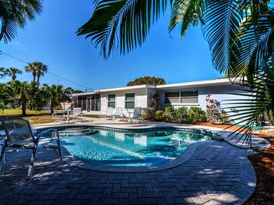 Photo for 405 Bay Palms - Private home 2 Bedroom/ 2 Bath with private pool , maximum occupancy of 4 people.