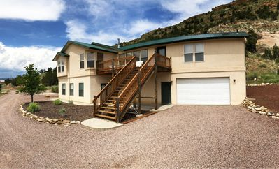 Photo for Beautiful Home only 5 Minutes from Royal Gorge Bridge, Rafting, Ziplines & More