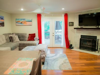 Photo for Relax on Decks in this modern 3 story townhouse, Walk to Annapolis Water Taxi.