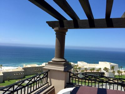 Photo for Prized Position Penthouse Studio with Stunning 300 degree Ocean Views