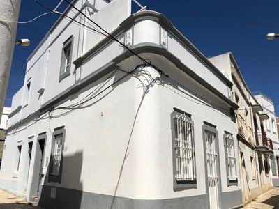 Photo for Renovated, authentic fisherman's house in the historic city center