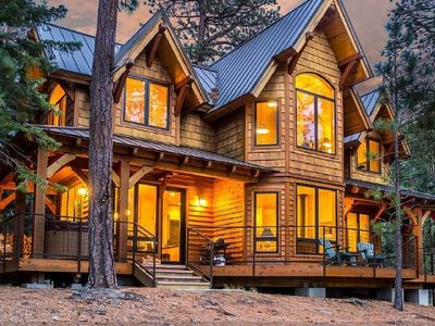 Romantic luxury cabin in a spectacular pri vrbo for Romantic cabins oregon