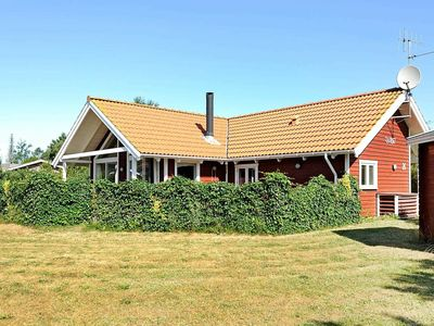 Photo for Comfortable Holiday Home with Sauna at Hemmet Jutland