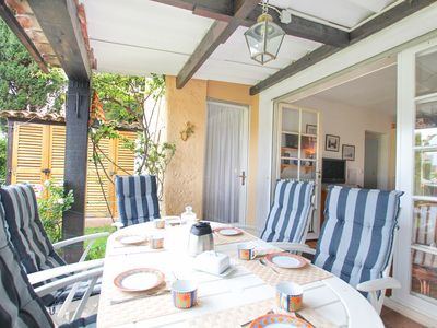 Photo for Close to the beach 2 Bedrooms flat with garden