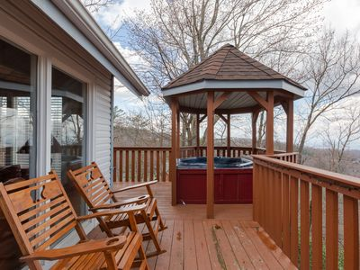 Popular Ski Mountain Location ! Awesome view! Near main attractions!