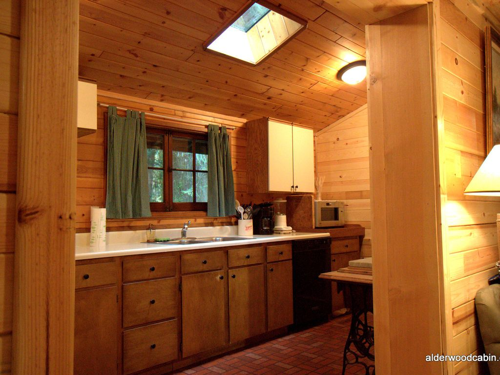 romantic private mt hood cabin with wood b vrbo