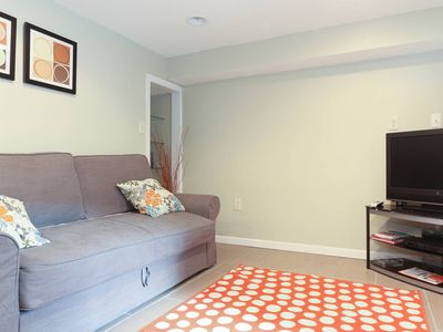 Private Suite Fully Equipped & Brief Walk To Metro