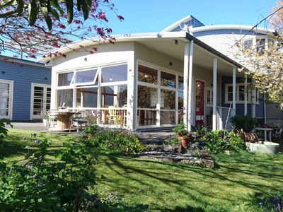 Photo for Family, Couple, Business or Group stay in Taupo.