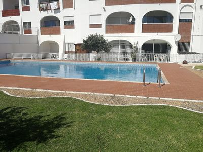 Photo for Albufeira Large terrace with direct access to the pool and beach at 300 m