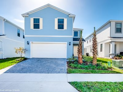 Photo for Beautiful Brand New 5 Bed With pool and Spa 2481