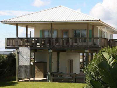 Photo for Parti - Easy Beach Access from this House!