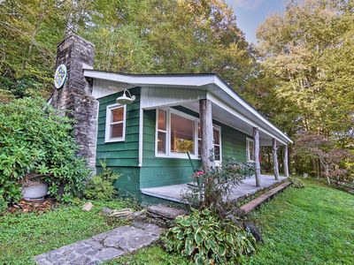 Photo for NEW! Charming Cataloochee Cabin 1 Mile to Ski Area