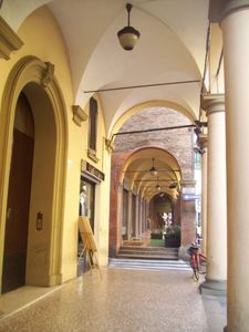 Photo for Very historical Center2 Torri+  IDEAL + comfortable 2/4 people+NICe building of 1500