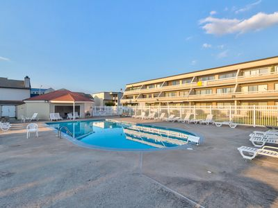 Photo for Family-friendly condo w/ shared pool & furnished balcony - blocks from the beach