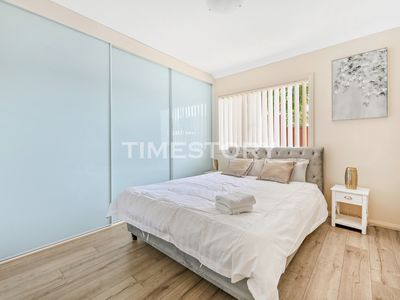 Photo for New 3 bed room town house with WIFI,2 parkings