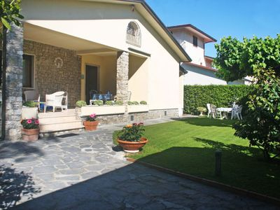 Photo for Vacation home Giovanna in Forte dei Marmi - 6 persons, 4 bedrooms