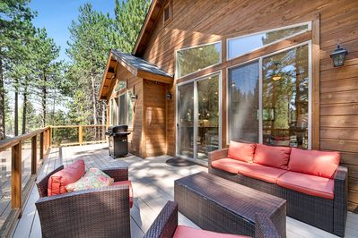 Deck - For a family cookout, fire up the gas grill on the 2nd-floor deck and dine alfresco.