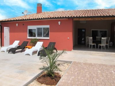 Photo for Vacation home Haus Mediteran (MDN169) in Medulin - 6 persons, 2 bedrooms