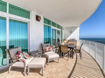Photo for Deluxe Gulf-front condo w/ private & shared hot tubs, pools, saunas, & tennis