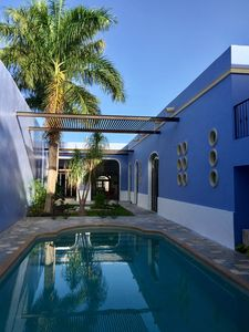 Photo for Gorgeous 3BR house downtown Mérida +pool