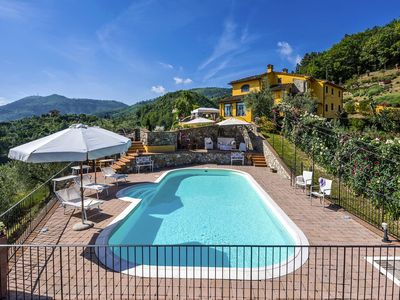 Photo for Villa delle Rose is a wonderful property in Tuscany, with private pool and air contidioning sleeps 8