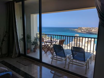 Photo for Beautiful, fully equipped, modern apartment with balcony and sea view