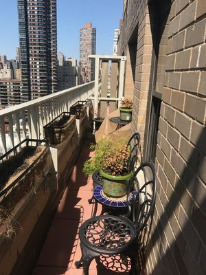 Photo for Super-Convenient Upper East Side Apartment with Terrace