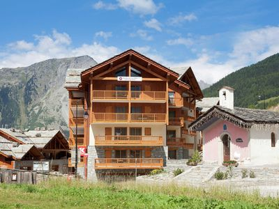 Photo for Modern apartment near the ski lift in an authentic village