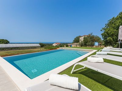 Photo for Apartment Ornela with pool