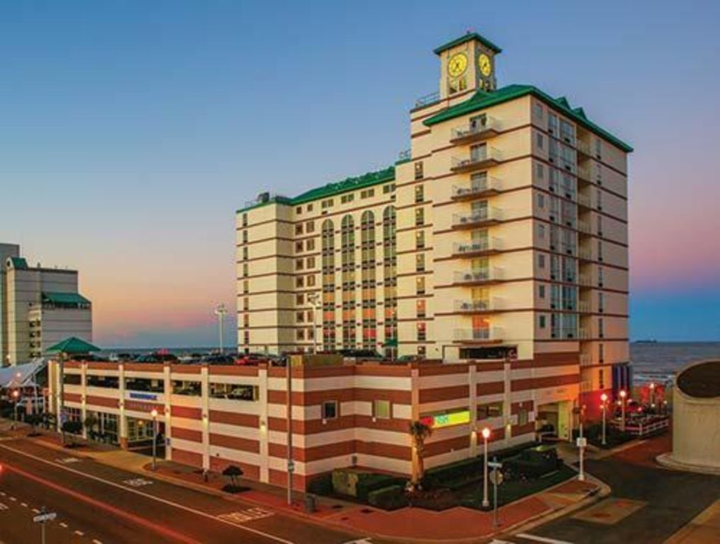 Hotels Vacation Rentals Near Virginia Beach Fishing Pier Usa Trip101
