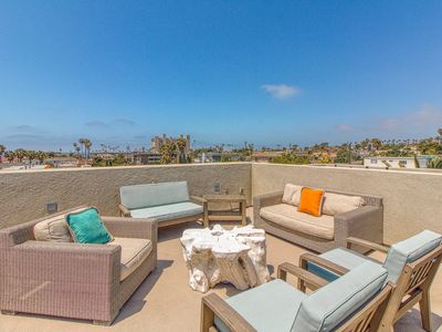 Photo for Entire duplex 3 blocks from the beach w/ roof deck & bikes - dogs welcome!