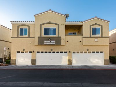 Photo for Cozy 2 Bedroom  Town-home, Only 9min Away, From The Famous Las Vegas Strip!