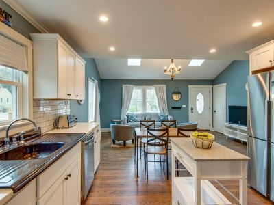 Photo for Downtown Nashville Stunning Renovation nr 5 Points