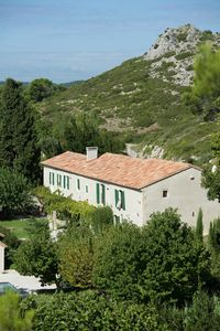 Photo for XVIIIth Century fully renovated Provencal farmhouse in Maussane-les-Alpilles