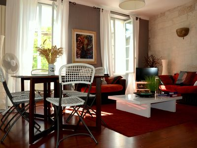 Photo for The appt is located in the heart of downtown, 5 minutes from Avignon
