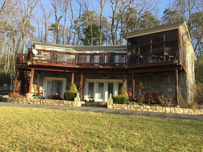 Photo for 3BR House Vacation Rental in Berkeley Spring, West Virginia