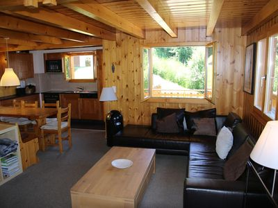 Photo for 3* - 5-bedroom-chalet for 10 people located at 2.5km from the lift in a quiet and sunny place. On th