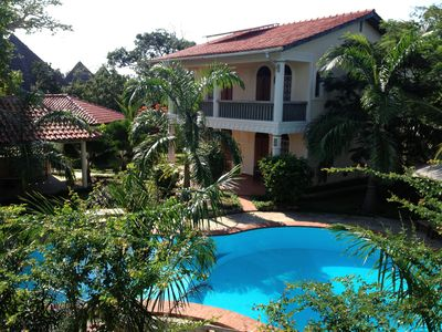 Private villa in Lamu style with private pool and cook/ staff 250 m to the beach
