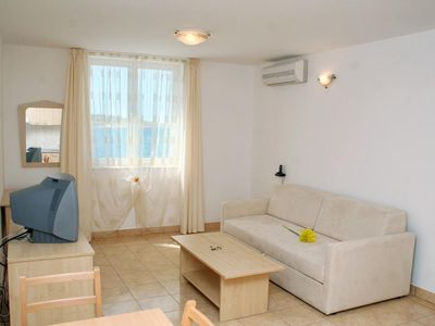 Photo for Studio flat with air-conditioning Vinjerac, Zadar (AS-3093-b)