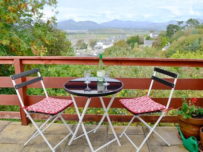 Photo for 1 bedroom accommodation in Harlech