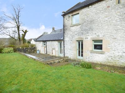Photo for HALL END BARN, pet friendly in Earl Sterndale, Ref 954422